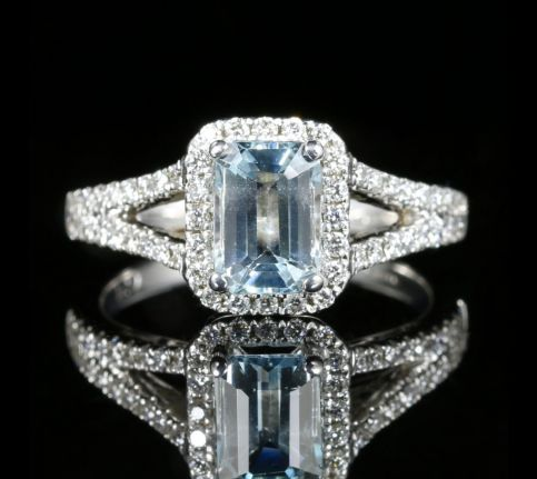 Aquamarine Diamond Engagement Ring 18ct Gold Emerald Cut Aquamarine front view