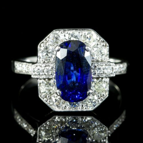 Sapphire Diamond Ring 2.50ct Sapphire 1.30ct Diamond 18ct Gold front view