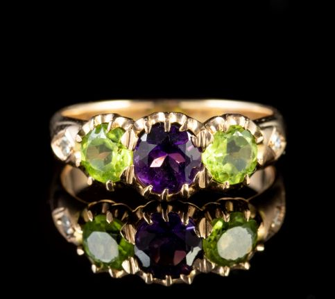 Antique Edwardian Suffragette Amethyst Peridot Ring 18ct Gold Circa 1910 front