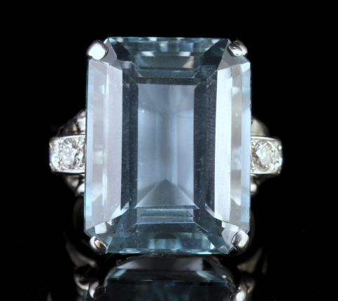 Art Deco Large 28ct Aquamarine Diamond Ring FRONT