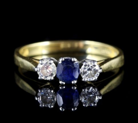 Sapphire Diamond Trilogy Engagement Ring 18ct Gold FRONT