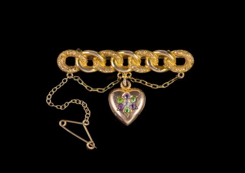 ANTIQUE EDWARDIAN SUFFRAGETTE HEART BROOCH 15CT GOLD CIRCA 1910 front