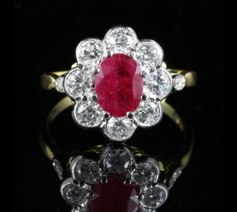 ANTIQUE RUBY & DIAMOND CLUSTER RING 18CT GOLD 1.80CT RUBY 1.20CT DIAMOND