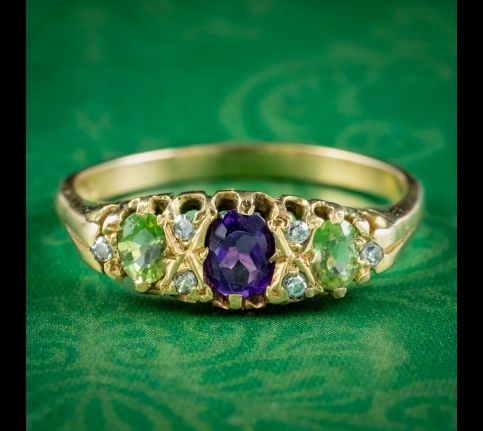 Vintage-Suffragette-Ring-Amethyst-Peridot-Diamond-Dated-1976-cover