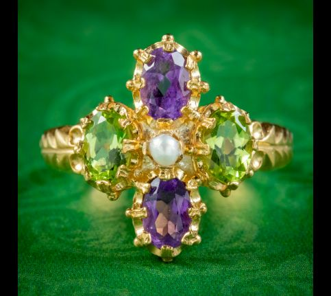 Edwardian-Suffragette-Style-Ring-Amethyst-Peridot-Pearl-cover