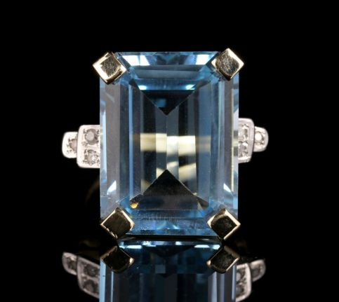 Antique Blue Topaz Diamond Ring 22ct Blue Topaz 9ct Gold front view