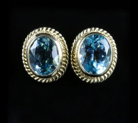 BLUE TOPAZ 9CT YELLOW GOLD STUD EARRINGS 5CT