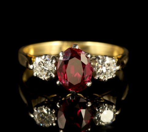 Antique Victorian Ruby Diamond Ring 18ct Gold FRONT