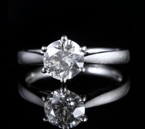 ANTIQUE EDWARDIAN 1.60CT DIAMOND RING PLATINUM ENGAGEMENT CIRCA 1910 VS1 front