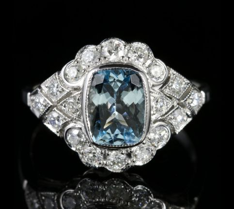 Fabulous 1.60ct Aquamarine Diamond Cluster Ring 18ct White Gold front