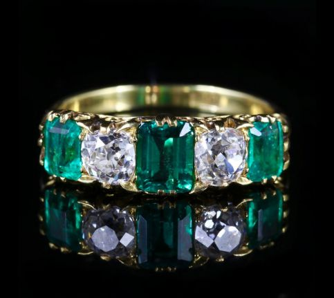 antique victorian emerald diamond ring 18ct gold 2ct emerald front