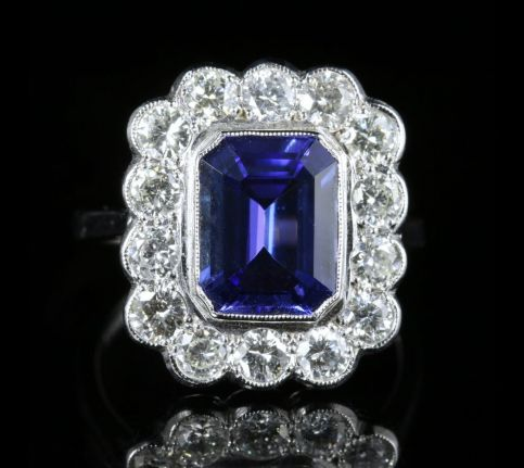 Tanzanite Diamond Ring 18ct Gold 4ct Tanzanite front view