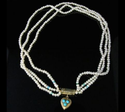 ANTIQUE GEORIGAN TRIPLE PEARL & TURQUOISE NECKLACE WITH GEORGIAN GOLD HEART LOCKET CLASP